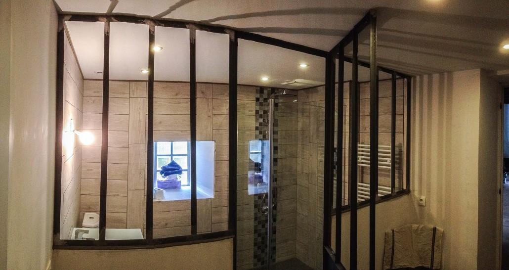 Modele ilot central cuisine for Verriere pour salle de bain